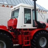 traktor-k744r-1-f1048099.jpg