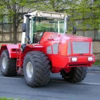 traktor_k-744r1.jpeg